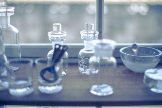 化学物質を扱う化学器具