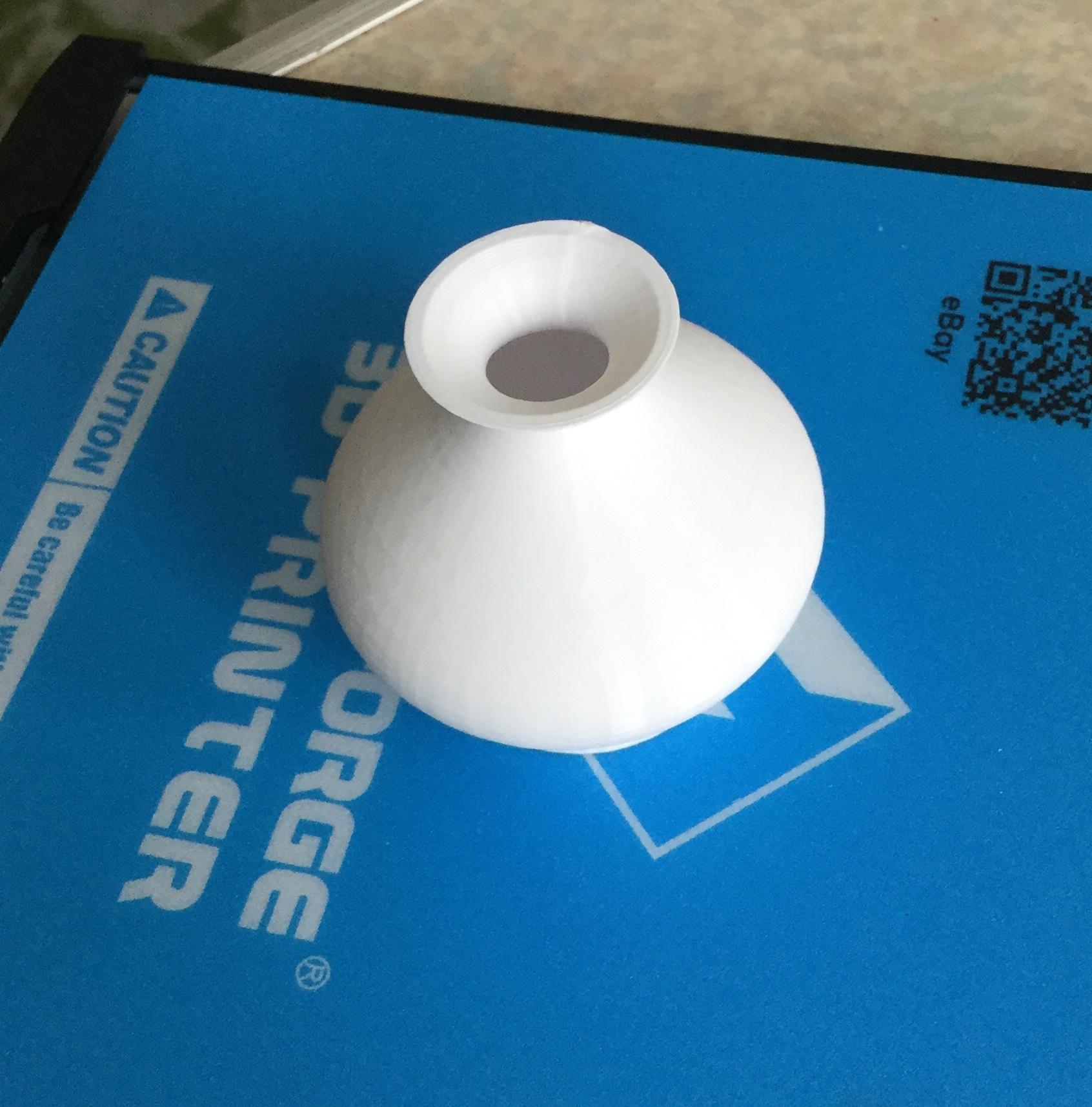 FreeCADでデザインした壺のSTLを3Dプリンターでプリントしたもの