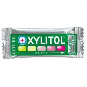 噛む回数で色が変わるキシリトールガム